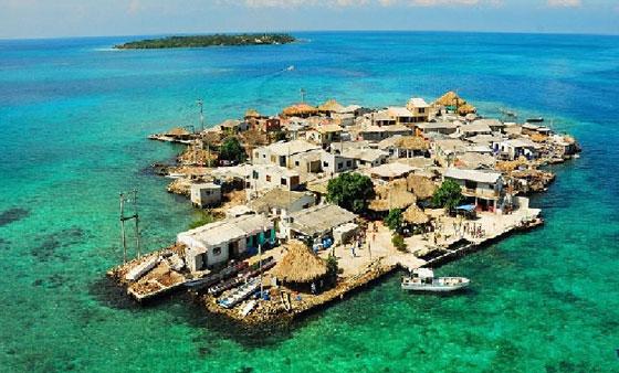 أكثر المناطق كثافة سكانية: جزيرة بحجم ملعبي كرة قدم! صورة رقم 2
