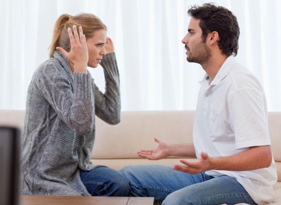 صورة رقم 3 - بمساعدة لغة الجسد.. 6 مؤشرات تدل على كذب زوجك! تعرفي إليها