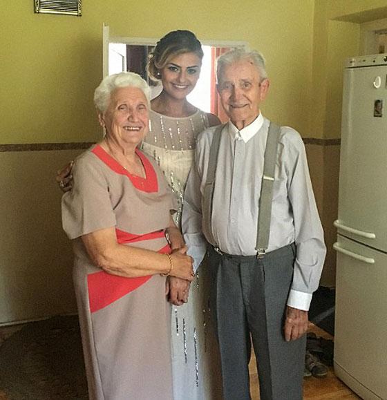 بالفيديو والصور.. عجوز (94 عاما) يحقق حلمه قبل يومين من وفاته! صورة رقم 12