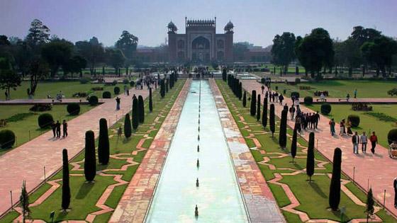 صور أروع وأجمل 10 حدائق في العالم مصممة بشكل مذهل كالخيال صورة رقم 8