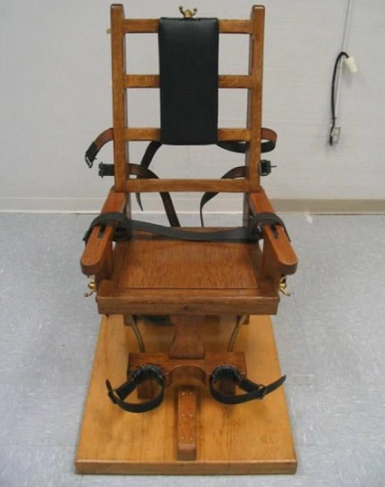 تأجيل تنفيذ حكم إعدام بسجين أمريكي طلب إبدال الحقنة القاتلة بكرسي كهربائي صورة رقم 3