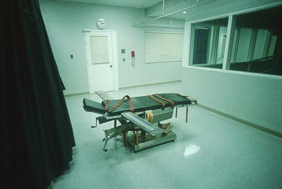 تأجيل تنفيذ حكم إعدام بسجين أمريكي طلب إبدال الحقنة القاتلة بكرسي كهربائي صورة رقم 8