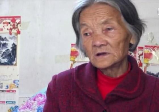 معجزة.. رجل صيني يستيقظ من غيبوبة بعد اعتناء والدته به 12عاما صورة رقم 2