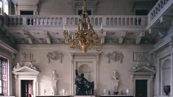 بالصور: أجمل التصاميم الداخلية للمنازل الإنجليزية الأكثر فخامة في التاريخ صورة رقم 3