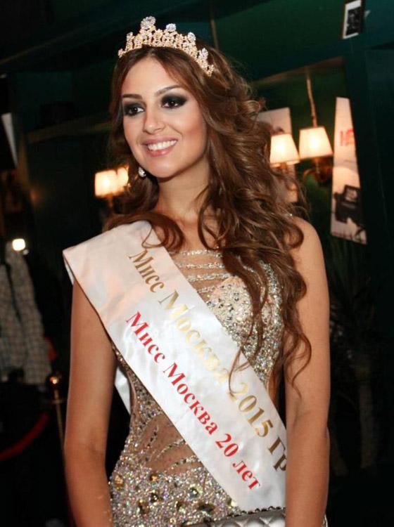 ملكة جمال موسكو تكشف قصة الحب الذي ربطها بزوجها السلطان محمد الخامس صورة رقم 21