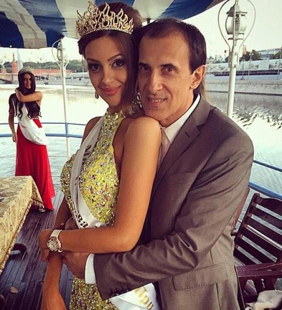 ملكة جمال موسكو تعتنق الإسلام وتتزوج من ملك ماليزيا صورة رقم 16