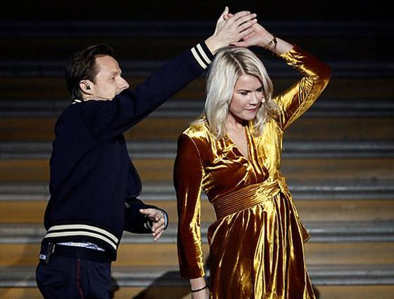 فضيحة على الهواء! طلب صادم من لاعبة نرويجية في حفل جوائز الكرة الذهبية صورة رقم 4