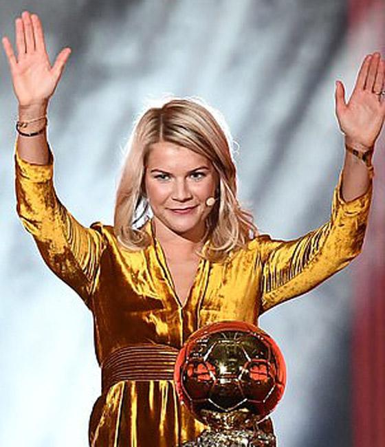 فضيحة على الهواء! طلب صادم من لاعبة نرويجية في حفل جوائز الكرة الذهبية صورة رقم 6