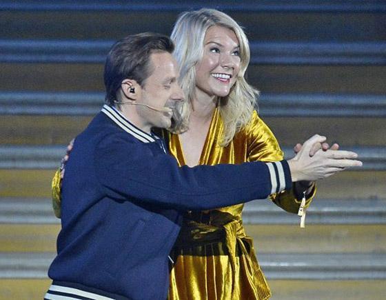 فضيحة على الهواء! طلب صادم من لاعبة نرويجية في حفل جوائز الكرة الذهبية صورة رقم 13