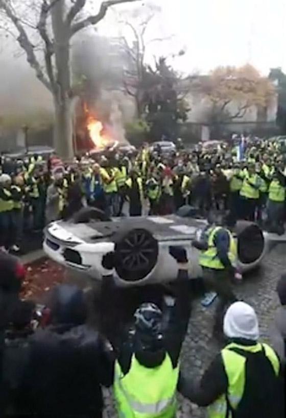 حركة السترات الصفراء تضيق الاحتجاجات على ماكرون: يعتقدون أننا حمقى! صورة رقم 16