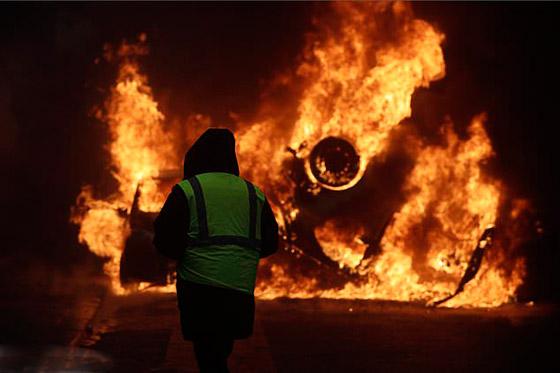 حركة السترات الصفراء تضيق الاحتجاجات على ماكرون: يعتقدون أننا حمقى! صورة رقم 37