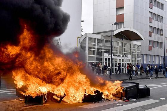 حركة السترات الصفراء تضيق الاحتجاجات على ماكرون: يعتقدون أننا حمقى! صورة رقم 40