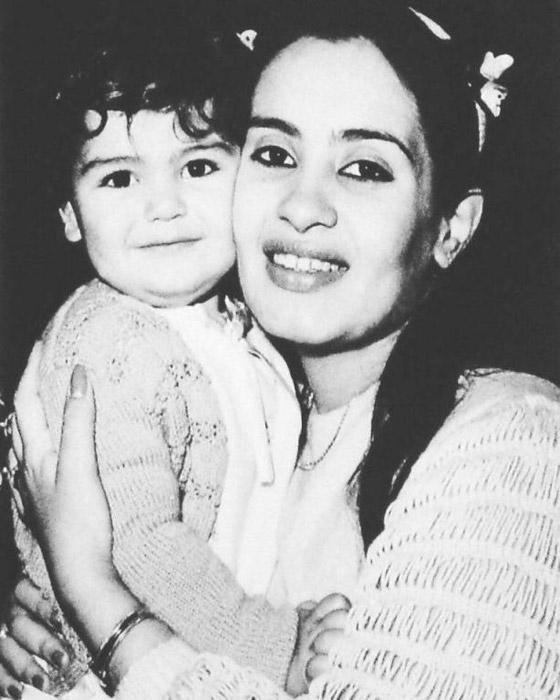 صور نادرة وأبرز أسرار حياة شريهان في ذكرى ميلادها صورة رقم 22