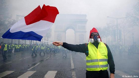 الألوان لعبت دوراً مهماً في الحراك السياسي وهيمنت على احتجاجات في العالم صورة رقم 1