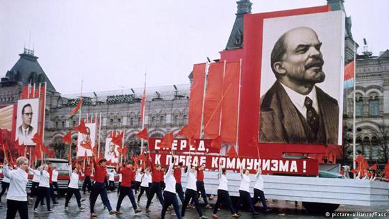 الألوان لعبت دوراً مهماً في الحراك السياسي وهيمنت على احتجاجات في العالم صورة رقم 10