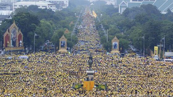 الألوان لعبت دوراً مهماً في الحراك السياسي وهيمنت على احتجاجات في العالم صورة رقم 3