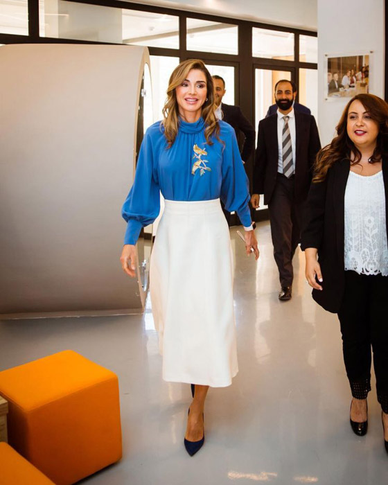 صور الملكة رانيا تتألق بأزياء مصممين عرب لتشجيع الابداع العربي صورة رقم 11