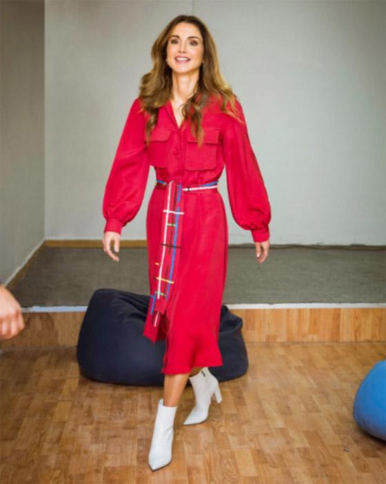 صور الملكة رانيا تتألق بأزياء مصممين عرب لتشجيع الابداع العربي صورة رقم 13