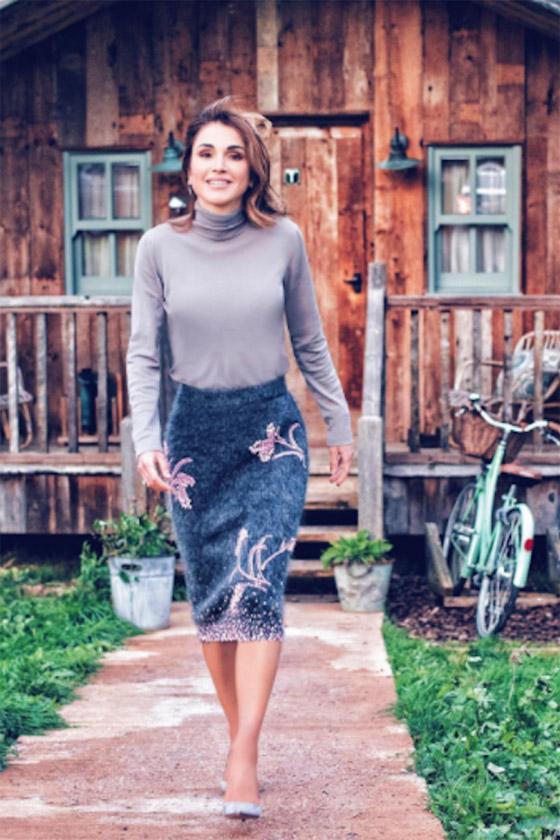 صور الملكة رانيا تتألق بأزياء مصممين عرب لتشجيع الابداع العربي صورة رقم 20