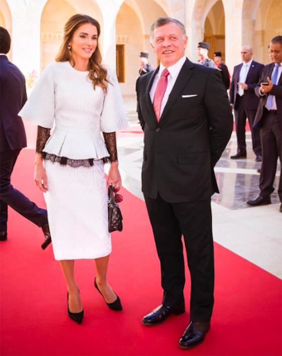 صور الملكة رانيا تتألق بأزياء مصممين عرب لتشجيع الابداع العربي صورة رقم 38