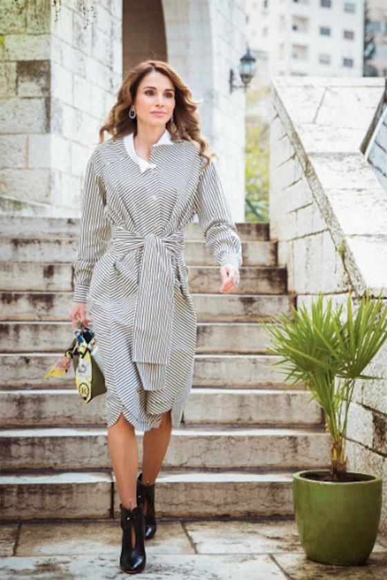 صور الملكة رانيا تتألق بأزياء مصممين عرب لتشجيع الابداع العربي صورة رقم 41