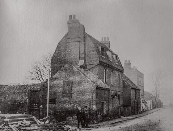 مجموعة صور رائعة تظهر كيف تغيرت لندن خلال 150 عاماً! صورة رقم 3