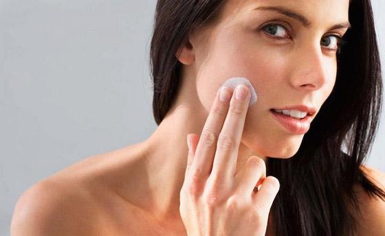 صورة رقم 4 - 10 طرق لاستخدام معجون الأسنان لتعزيز جمال المرأة