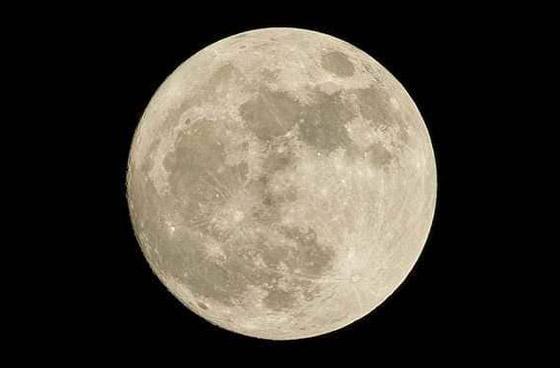 4 أمور غامضة وتساؤلات حول القمر لم تستطع ناسا تفسيرها والإجابة عنها صورة رقم 6