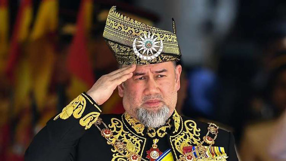 بعد خسارة عرش.. أنباء عن طلاق الملك الماليزي السابق من زوجته الروسية صورة رقم 4