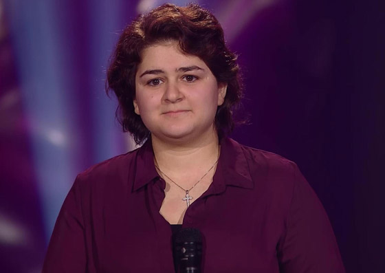 بالفيديو: فتاة سورية تبهر لجنة (ذا فويس فنلندا) بصوتها في اغنية أديل صورة رقم 3