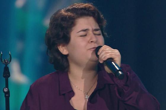 بالفيديو: فتاة سورية تبهر لجنة (ذا فويس فنلندا) بصوتها في اغنية أديل صورة رقم 4