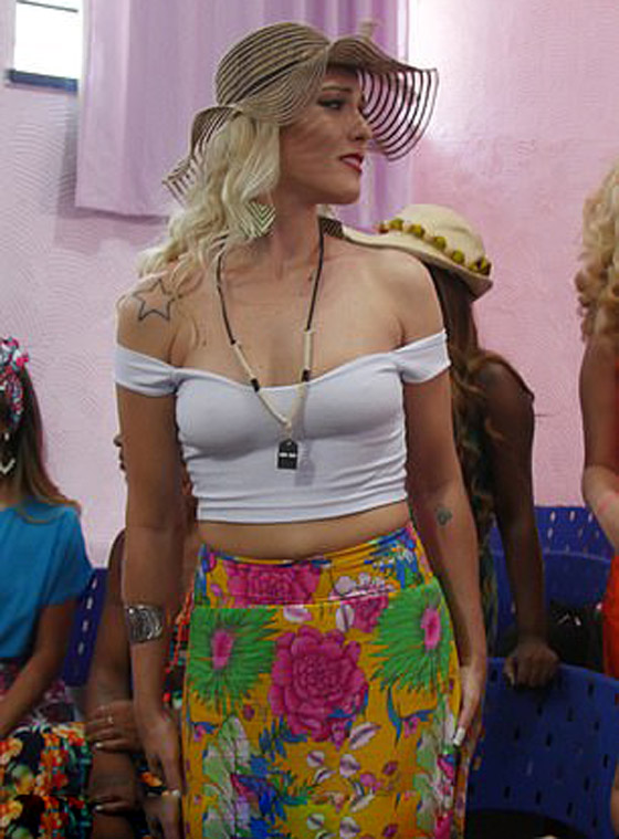 ملكة جمال السجون.. قاتلة برازيلية تحافظ على براءتها وأنوثتها! صورة رقم 9