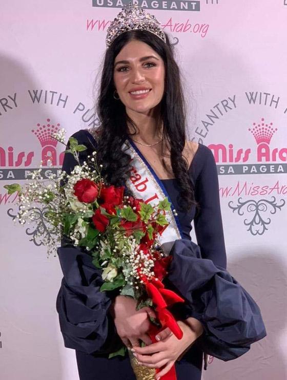 صور وفيديو: طالبة طب عراقية تفوز بتاج ملكة جمال العرب بأميركا صورة رقم 3