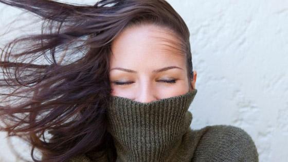 اليك أقنعة تحمي شعرك من قساوة الشتاء صورة رقم 1