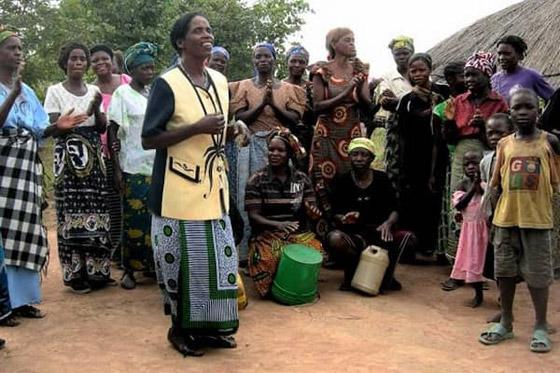 بالصور.. تعرفوا على أغرب تقاليد زواج شعوب أفريقيا صورة رقم 2
