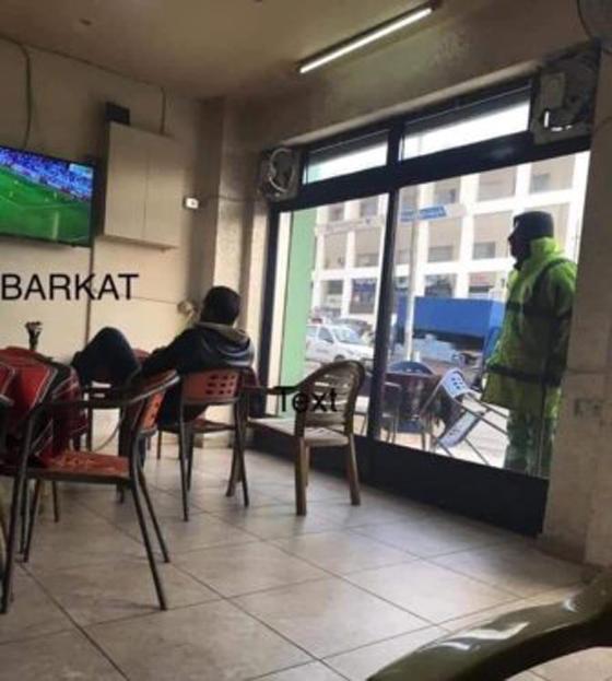 صور مؤثرة: ماذا فعل ملك الأردن لعامل نظافة فقير يحب الرياضة؟ صورة رقم 1