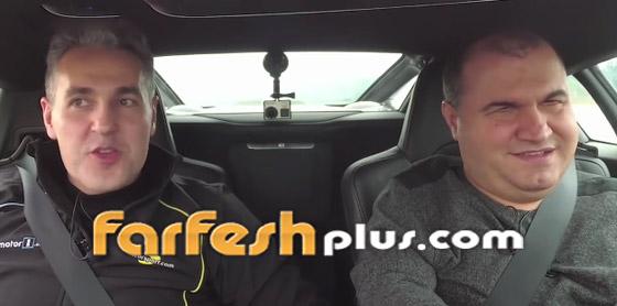 صورة رقم 9 - فيديو وصور: رجل أعمى يحقق حلمه ويقود سيارة فاخرة بسرعة جنونية!