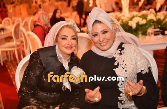 صور سهير رمزي وشهيرة تخلعان الحجاب وعمرو اديب يدافع عنهما! صورة رقم 6
