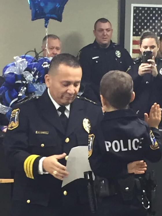 فيديو مؤثر.. شرطة تكساس الأمريكية تحقق أمنية طفلة مصابة بالسرطان صورة رقم 8
