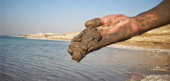 10 فوائد مدهشة لطين البحر الميت.. تعرفوا اليها صورة رقم 2