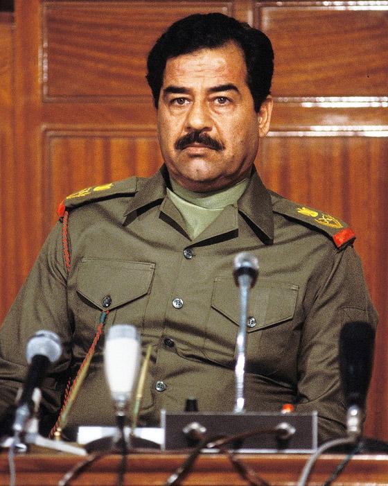 ما هو سر الاحتفاظ بدم صدام حسين في الثلاجة؟! صورة رقم 4