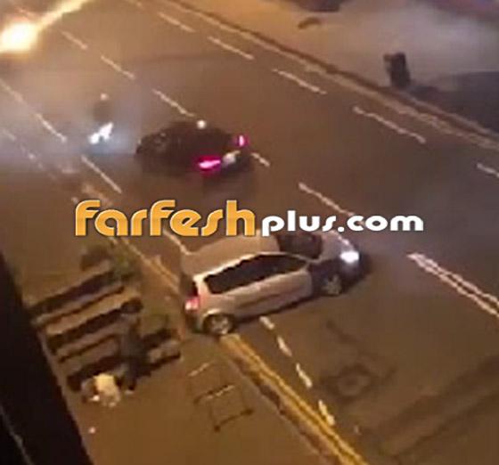 فيديو جنوني: سائق غاضب يصدم سيارة أخرى عمدا ويدهس السائق الهارب!  صورة رقم 3