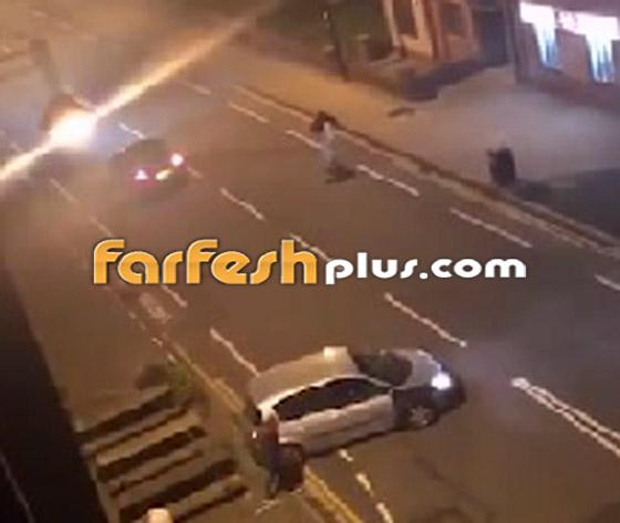 فيديو جنوني: سائق غاضب يصدم سيارة أخرى عمدا ويدهس السائق الهارب!  صورة رقم 5