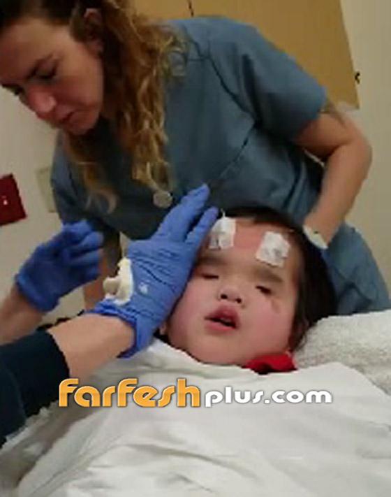 صورة رقم 5 - فيديو مؤثر.. طفلة ضريرة تهدئ نفسها بالغناء أثناء خضوعها لعملية طبية!