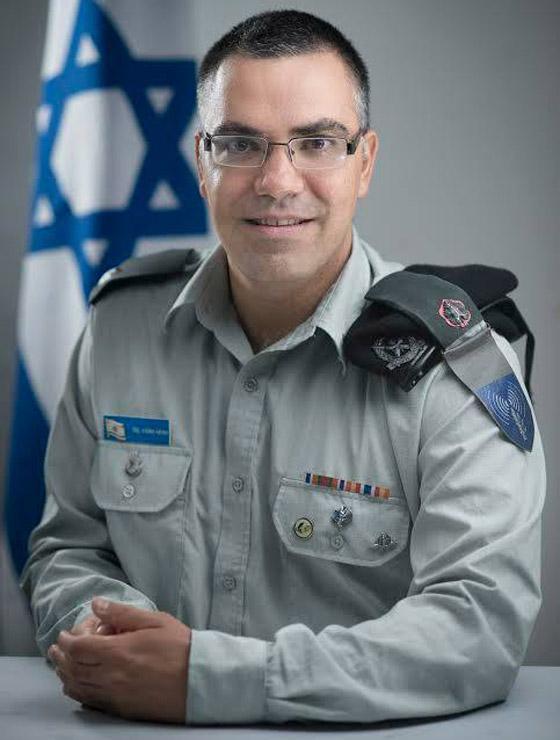 فيديو: أفيخاي أدرعي يسرق أغنية فيروز ويستبدل (بحبك يا لبنان) بـ(إسرائيل) صورة رقم 2