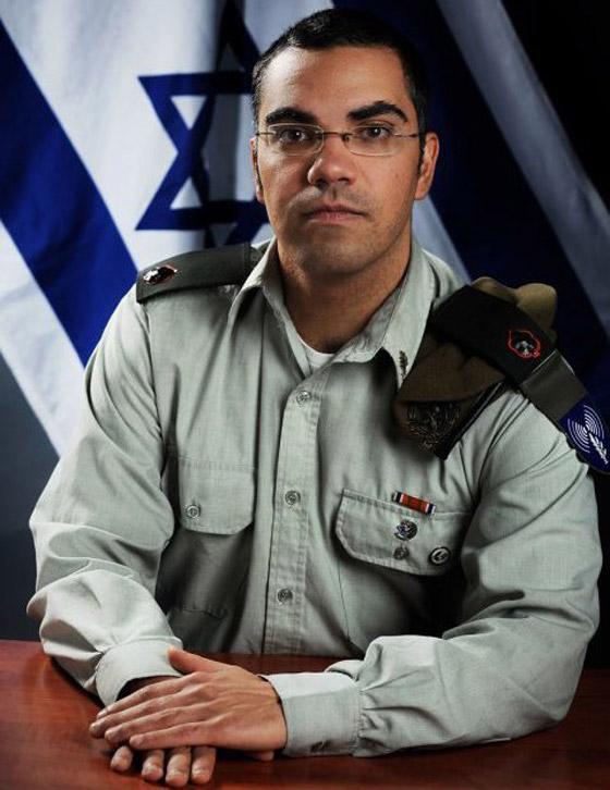 فيديو: أفيخاي أدرعي يسرق أغنية فيروز ويستبدل (بحبك يا لبنان) بـ(إسرائيل) صورة رقم 7