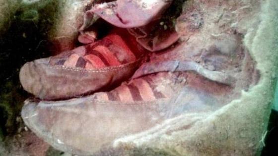 صور  مومياء عمرها 1500عام تلبس حذاء اديداس! لا تصدّق كل ما تراه! صورة رقم 8