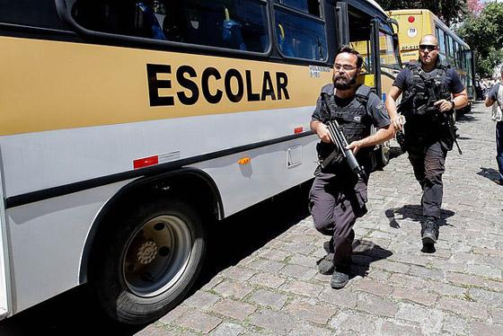 البرازيل: مقتل 10 طلاب وإصابة 17 آخرون في إستراحة مدرسة! صورة رقم 25