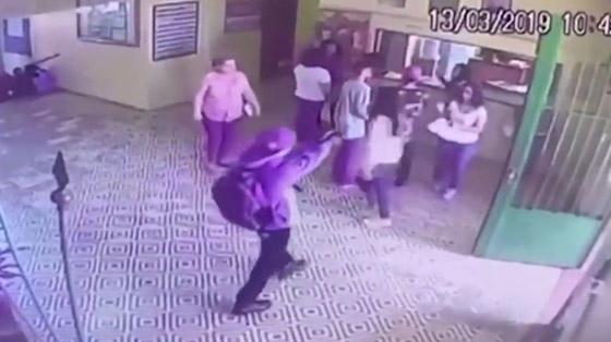 البرازيل: مقتل 10 طلاب وإصابة 17 آخرون في إستراحة مدرسة! صورة رقم 4