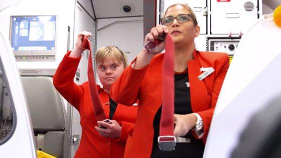 صورة رقم 14 - فييو مؤثر.. فتاة مصابة بمتلازمة داون تحقق حلمها وتصبح مضيفة طيران!